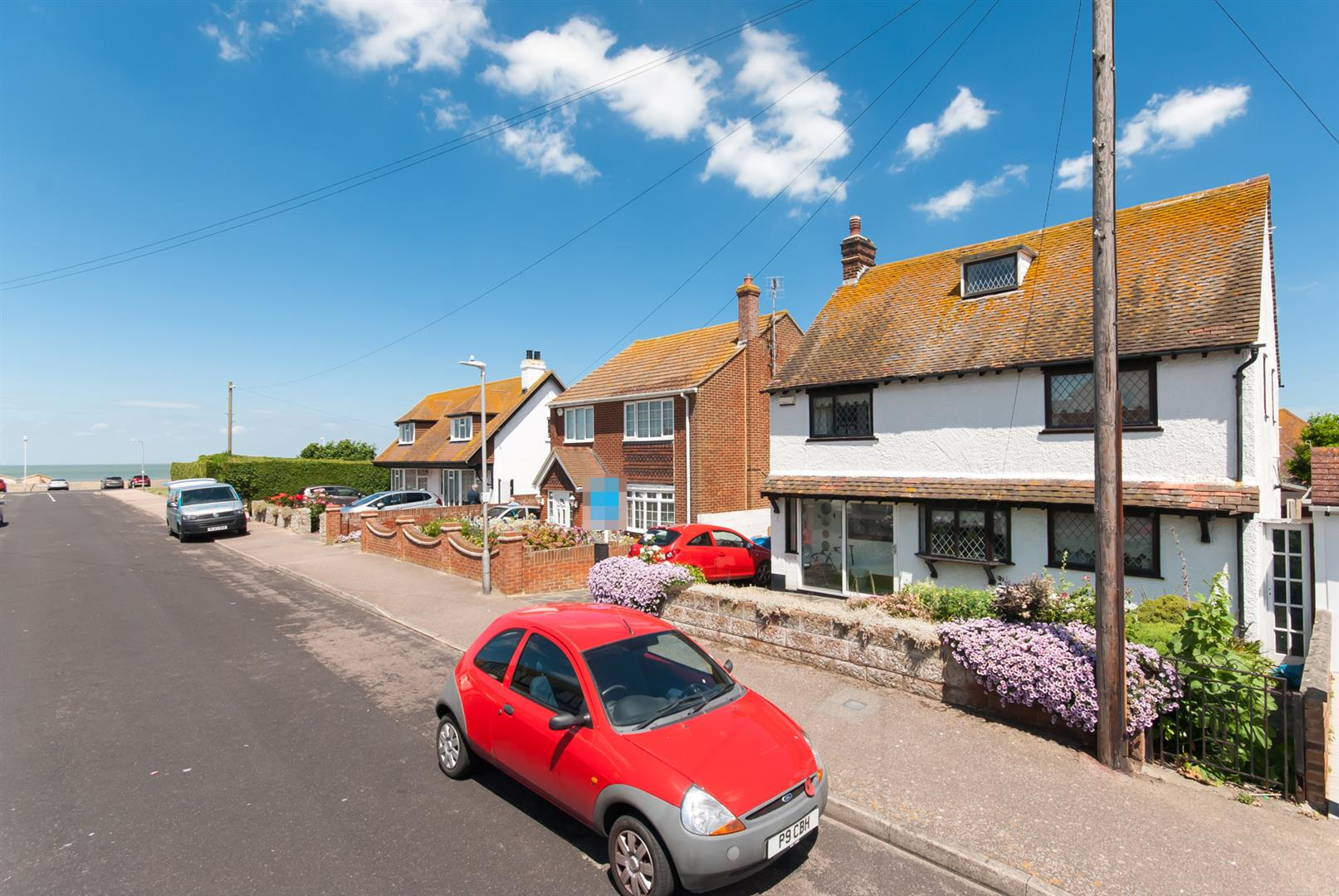 4 Bedrooms Detached House for sale in Kings Avenue, Birchington